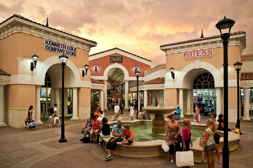 Orlando Premium Outlets International Mall: Los outlets más famosos de Orlando